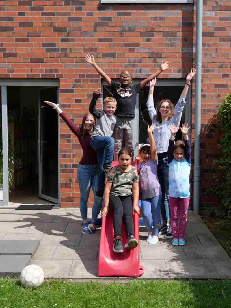 Foto; Kinder und Betreuer Ferienbetreuung